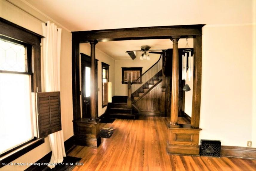 432 Pleasant St - 4 Living Rm to Foyer - 4