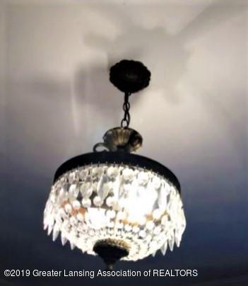 432 Pleasant St - 5 Living RM Lamp - 5
