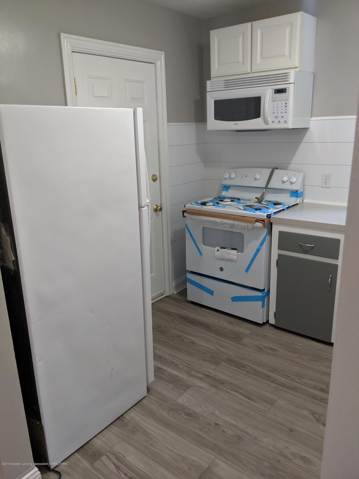730 Hunter Blvd - Kitchen - 10
