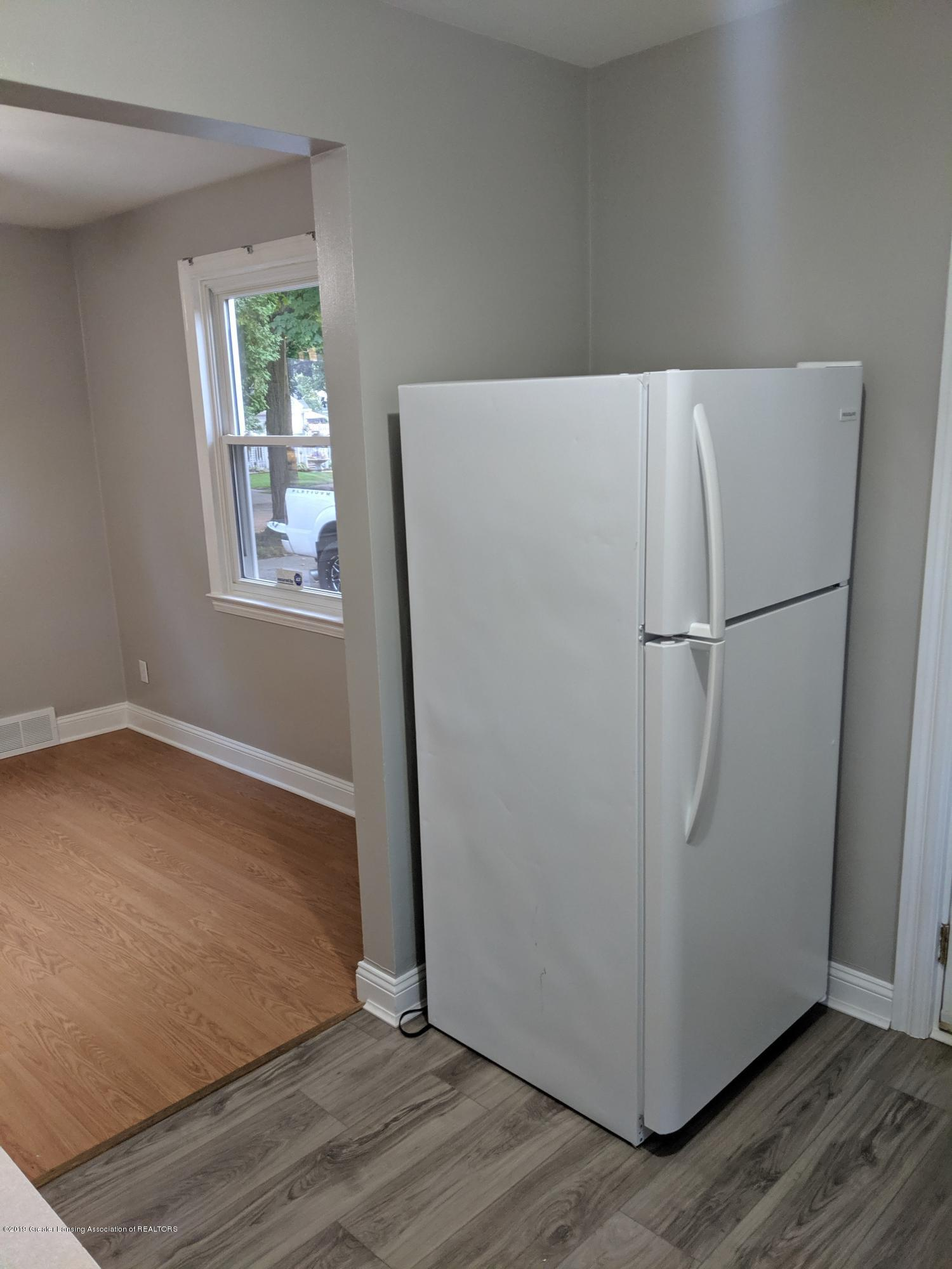 730 Hunter Blvd - Kitchen - 9