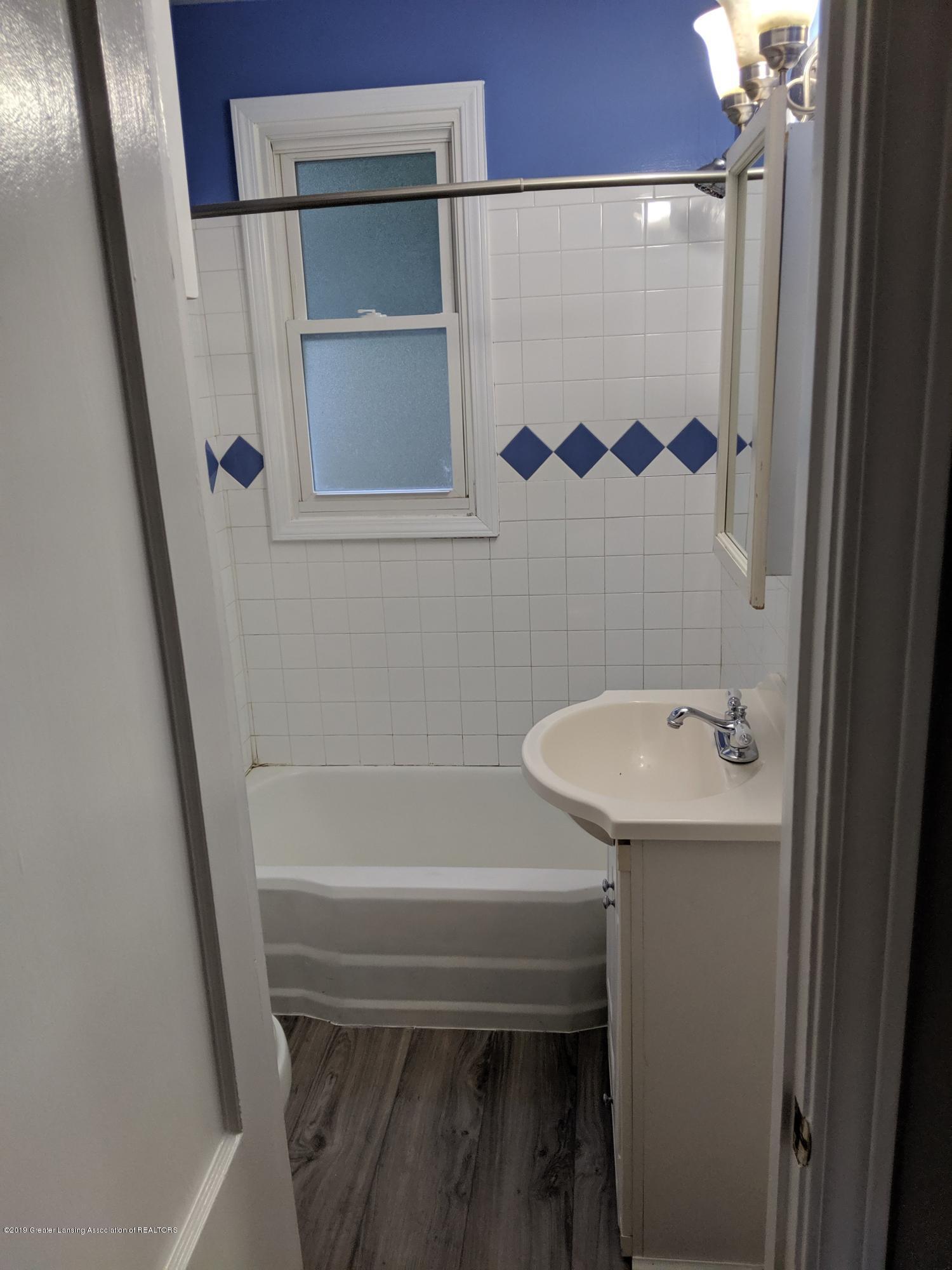 730 Hunter Blvd - Bathroom - 11