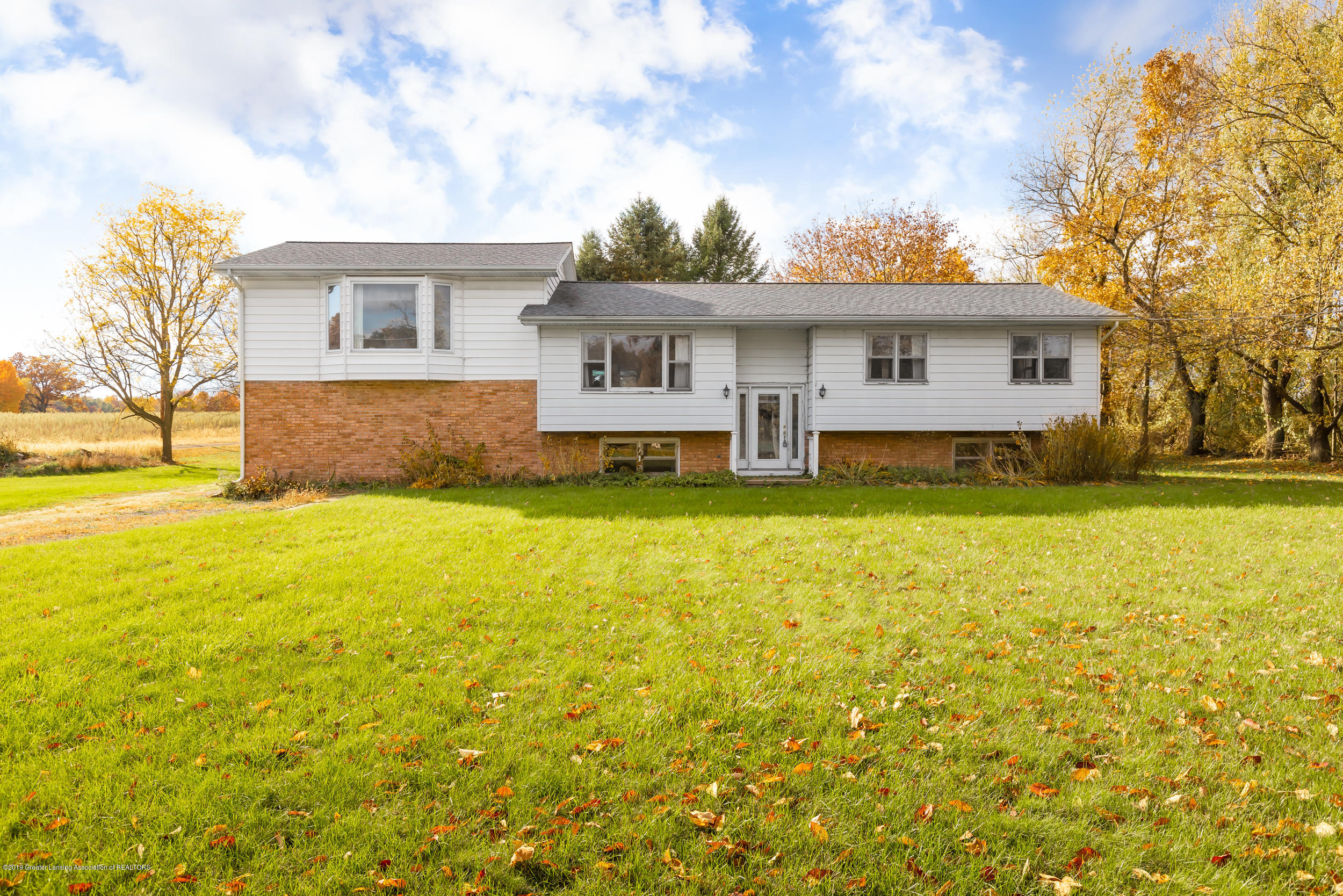 5947 Lounsbury Rd - Front - 1