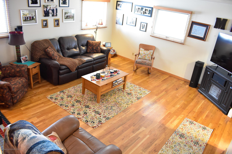 309 Knox Ave - Family room - 4