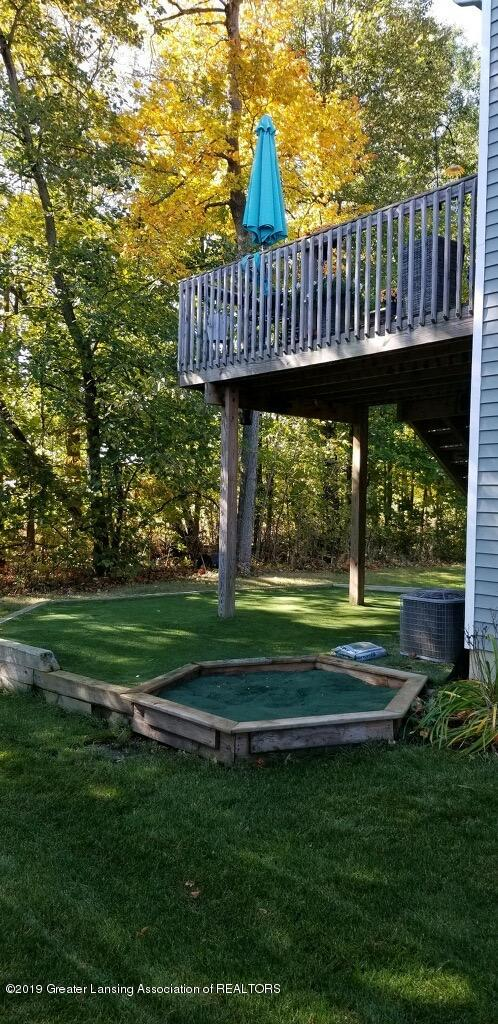 8619 Pinnebog River Dr - PUtting green - 37