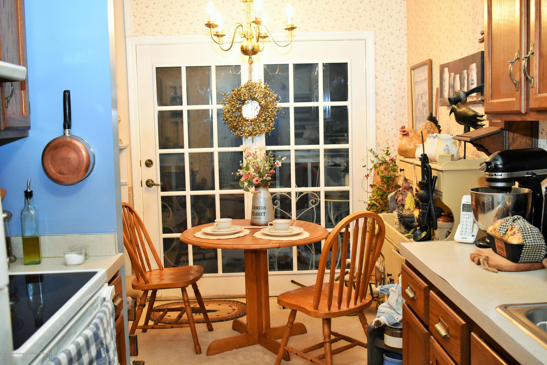 4394 Keller Rd - 16.5.JPG 4394 Keller Rd dining room - 5