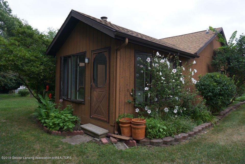 2597 Woodhill Dr - Door to Seasons Room - 18