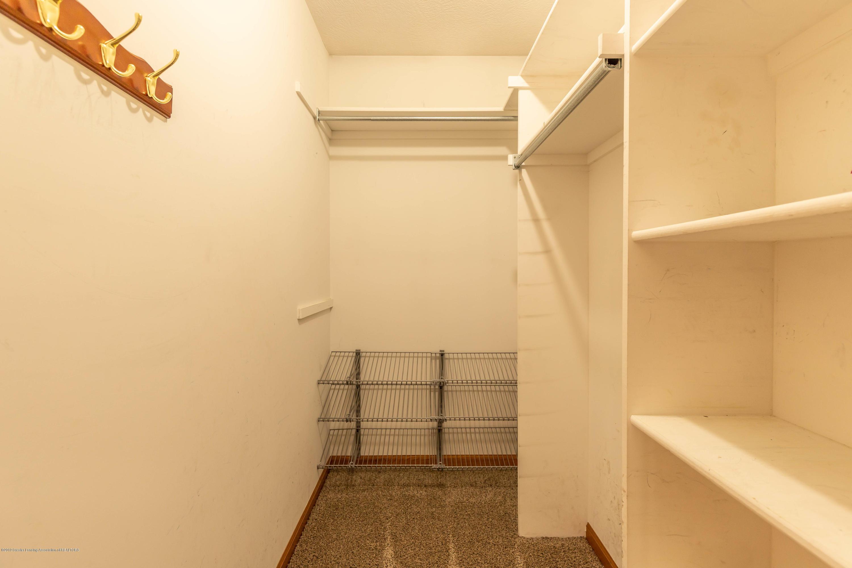 2021 Secretariat Ln - Master bed closet - 17