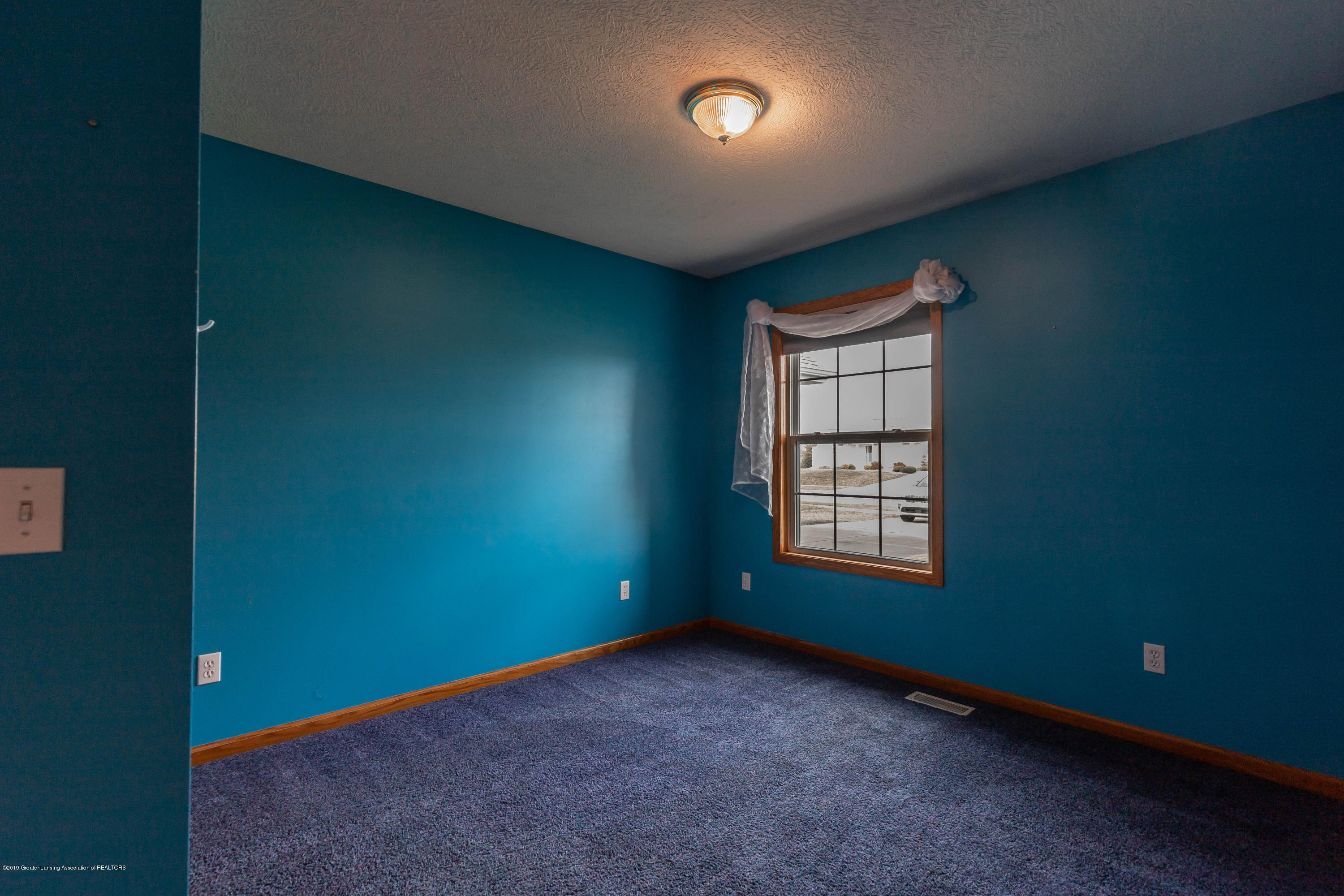 2021 Secretariat Ln - 2nd bedroom - 19