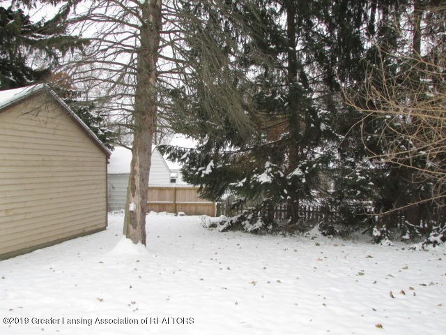 2101 Clifton Ave - IMG_1138 - 7