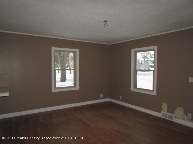 2101 Clifton Ave - IMG_1142 - 11