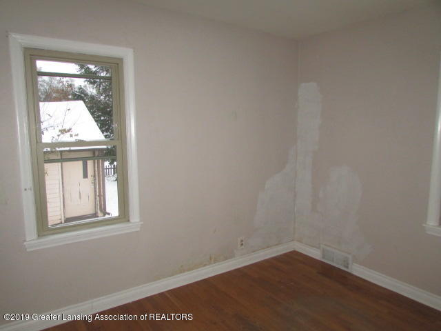 2101 Clifton Ave - IMG_1150 - 18