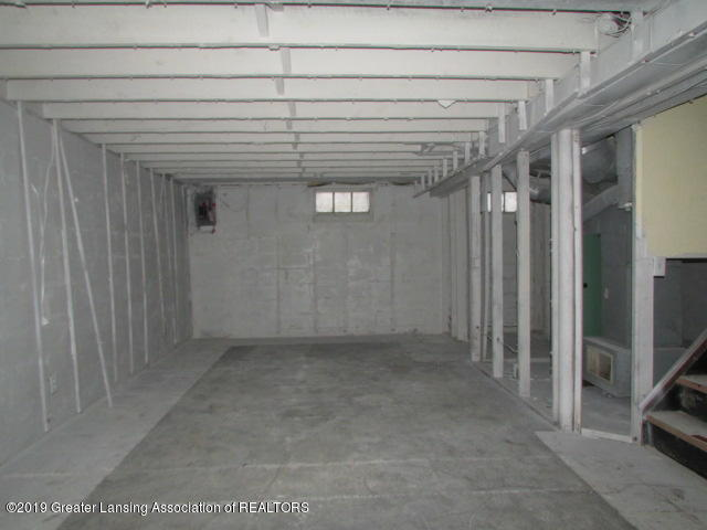 2101 Clifton Ave - IMG_1153 - 21