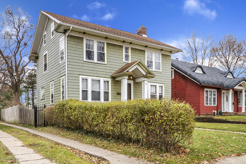 915 Sparrow Ave - 915-Sparrow-Ave-WindowStill-Real-Estate- - 1
