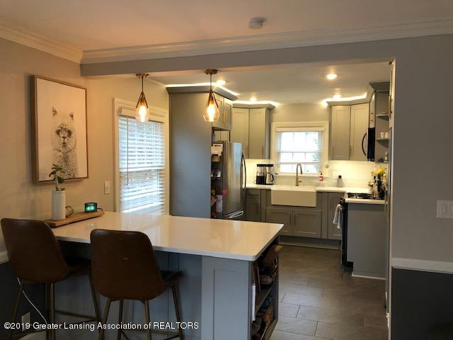 610 Glenhaven Ave - Kitchen - 9
