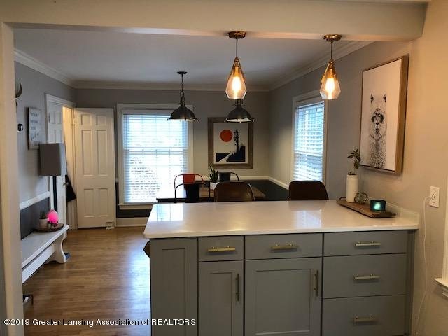 610 Glenhaven Ave - Kitchen - 13