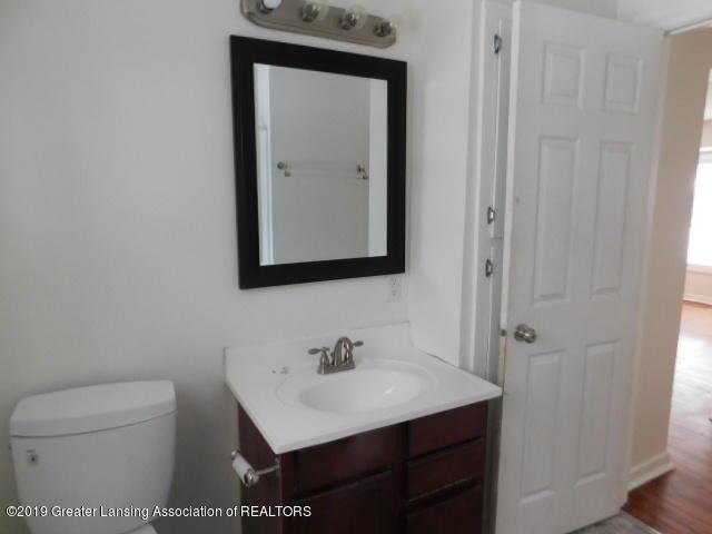 3012 Andrew Ave - bathroom - 4