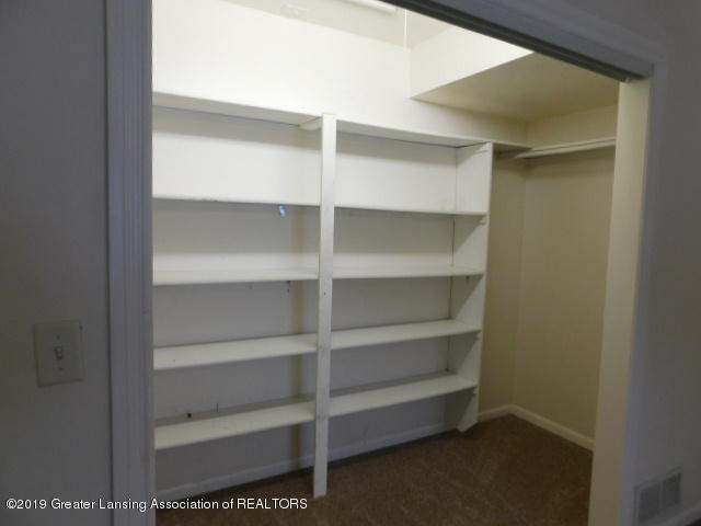 3012 Andrew Ave - Bedroom 1 closet - 5