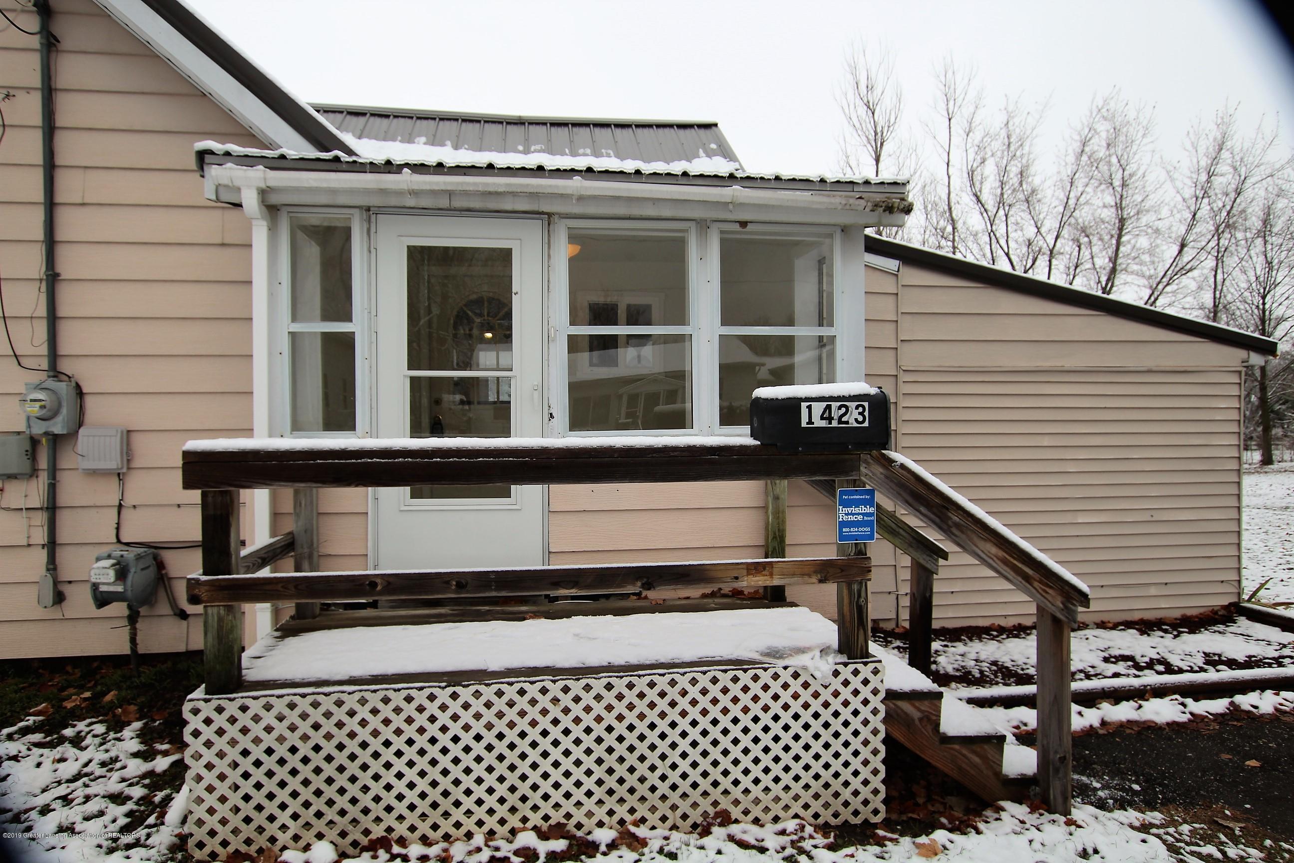 1423 Harrison St - Front Porch - 2