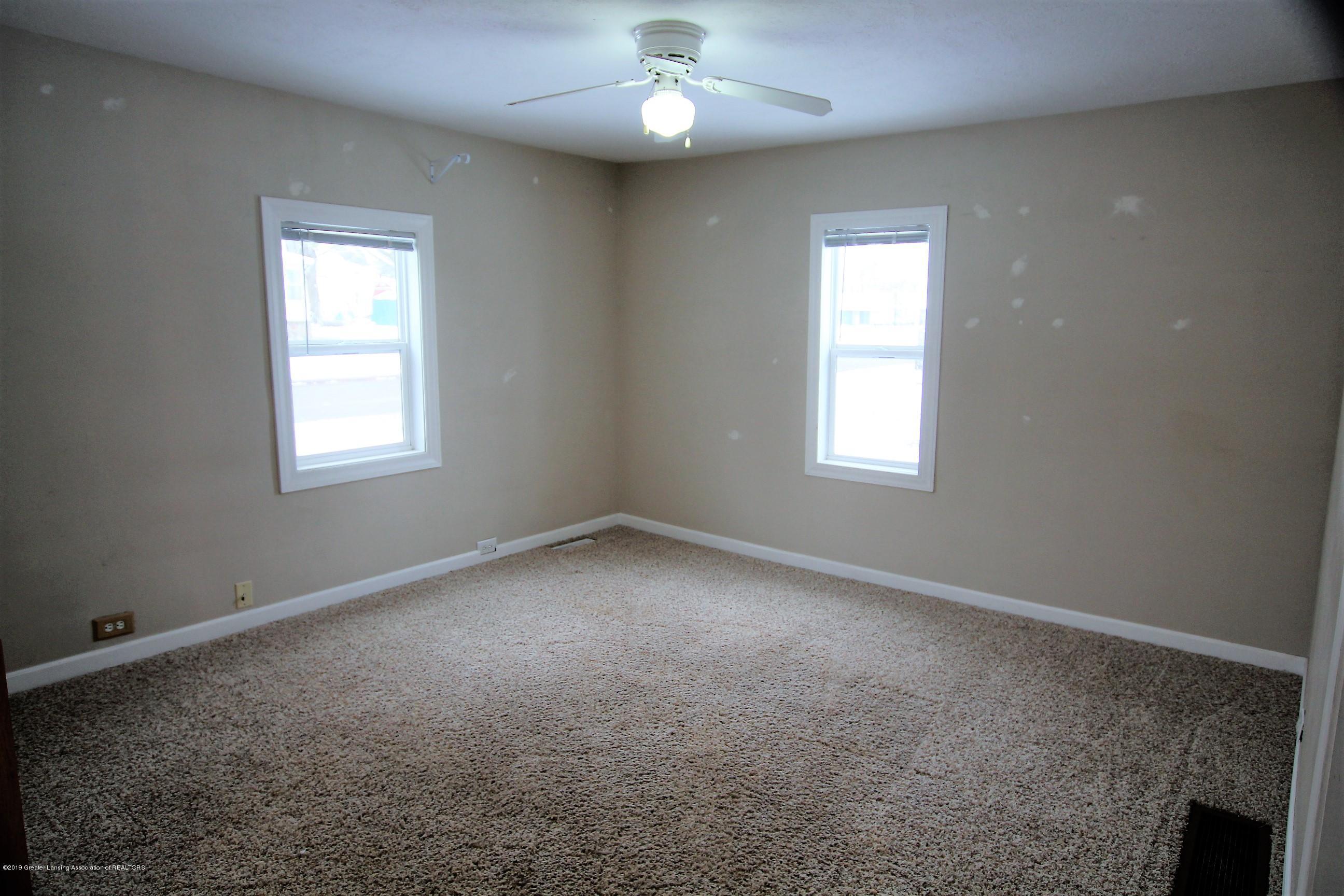 1423 Harrison St - Living room - 7
