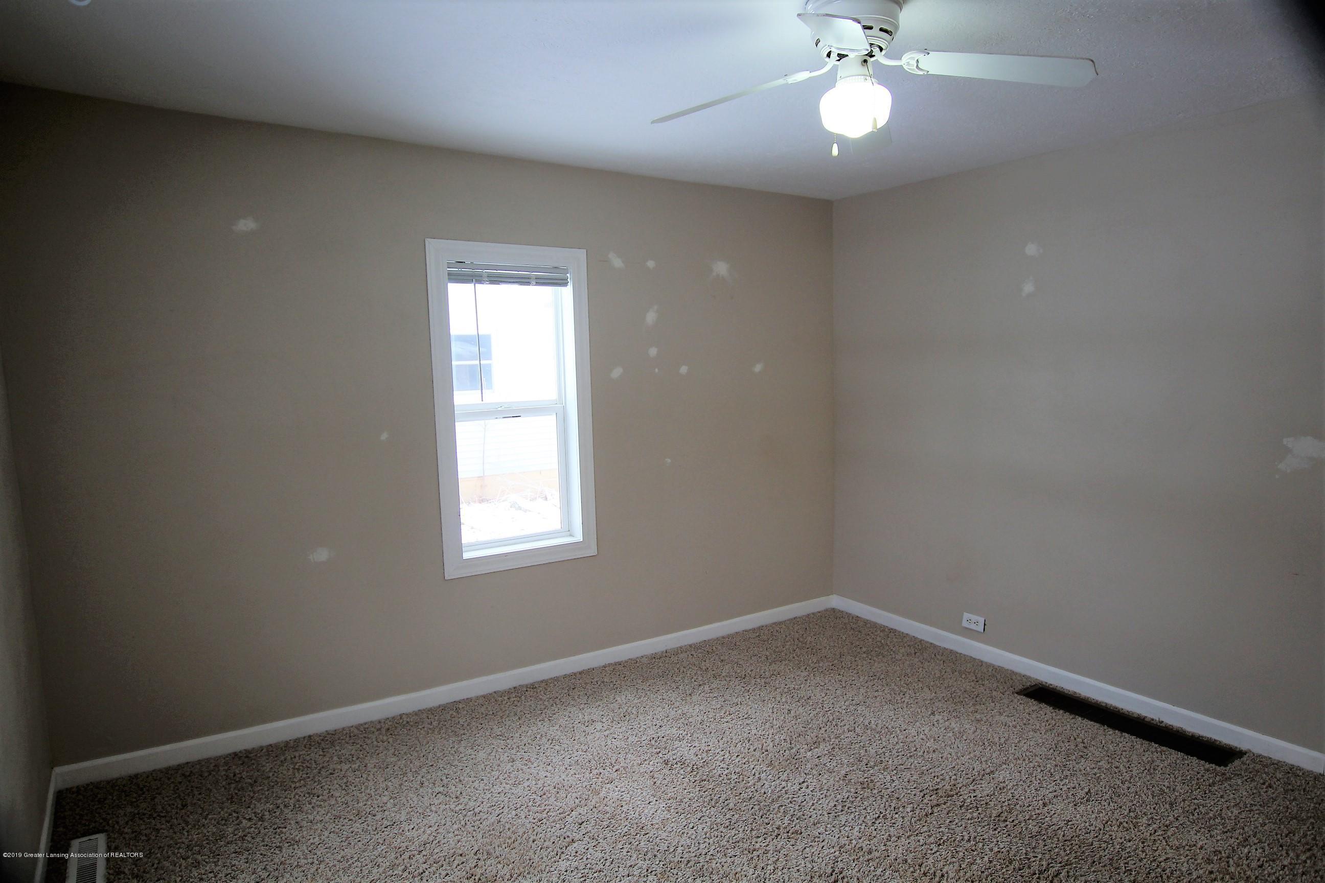 1423 Harrison St - Living Room - 18