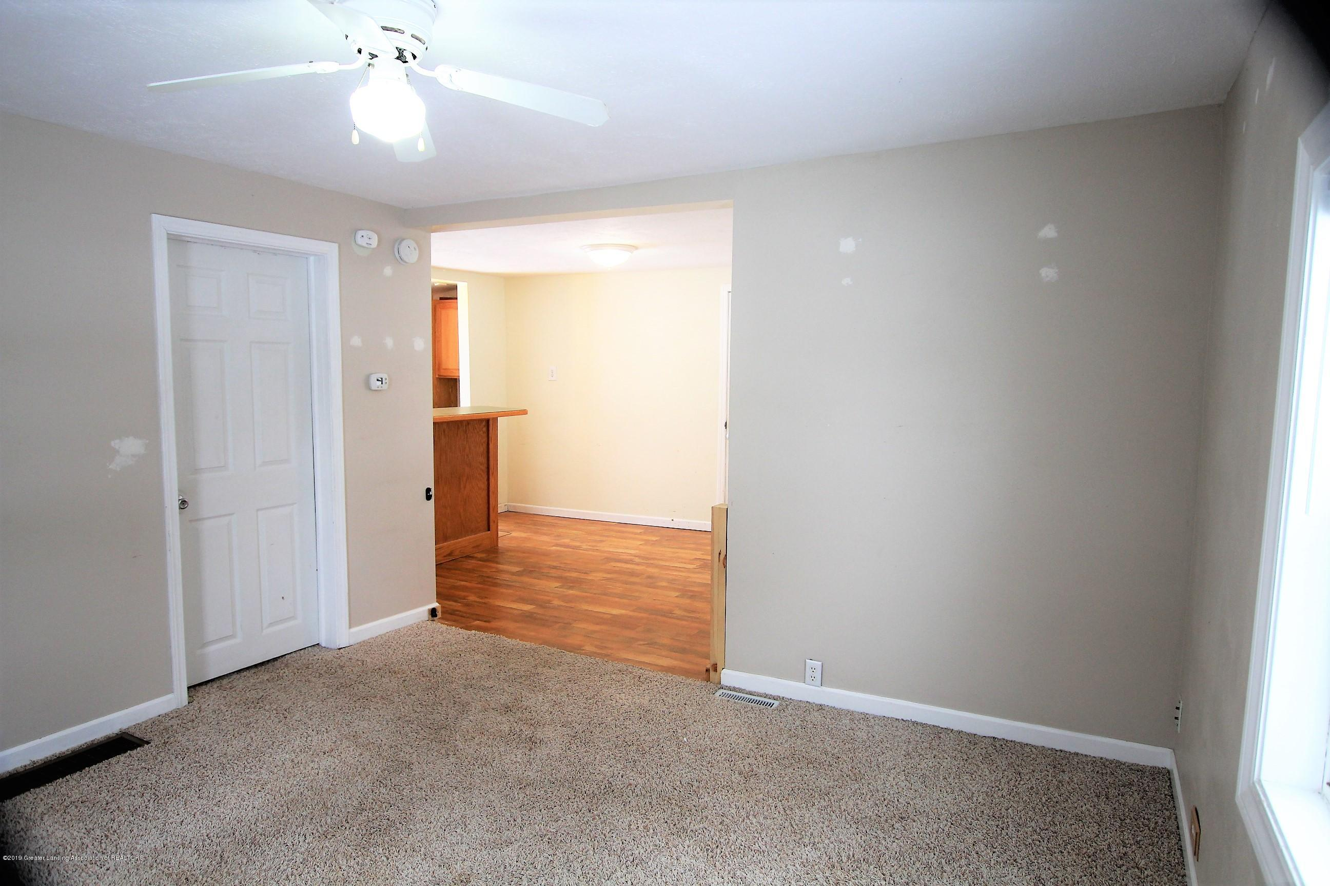 1423 Harrison St - Living Room - 6