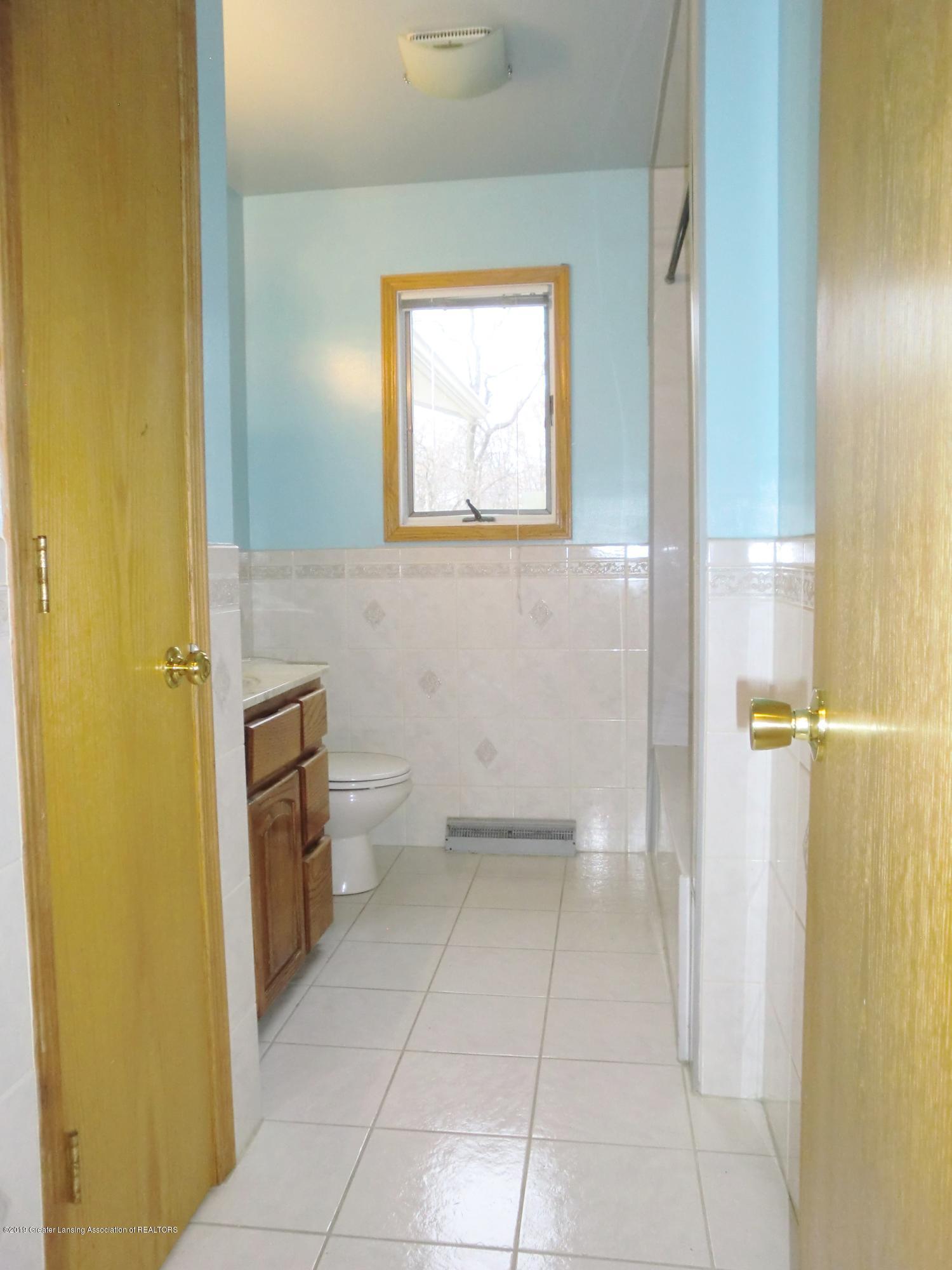 5437 Faith Cir - Full Bath - 11