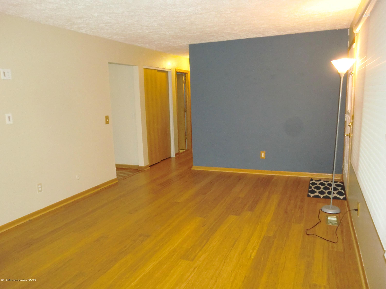 5437 Faith Cir - Living Room - 7