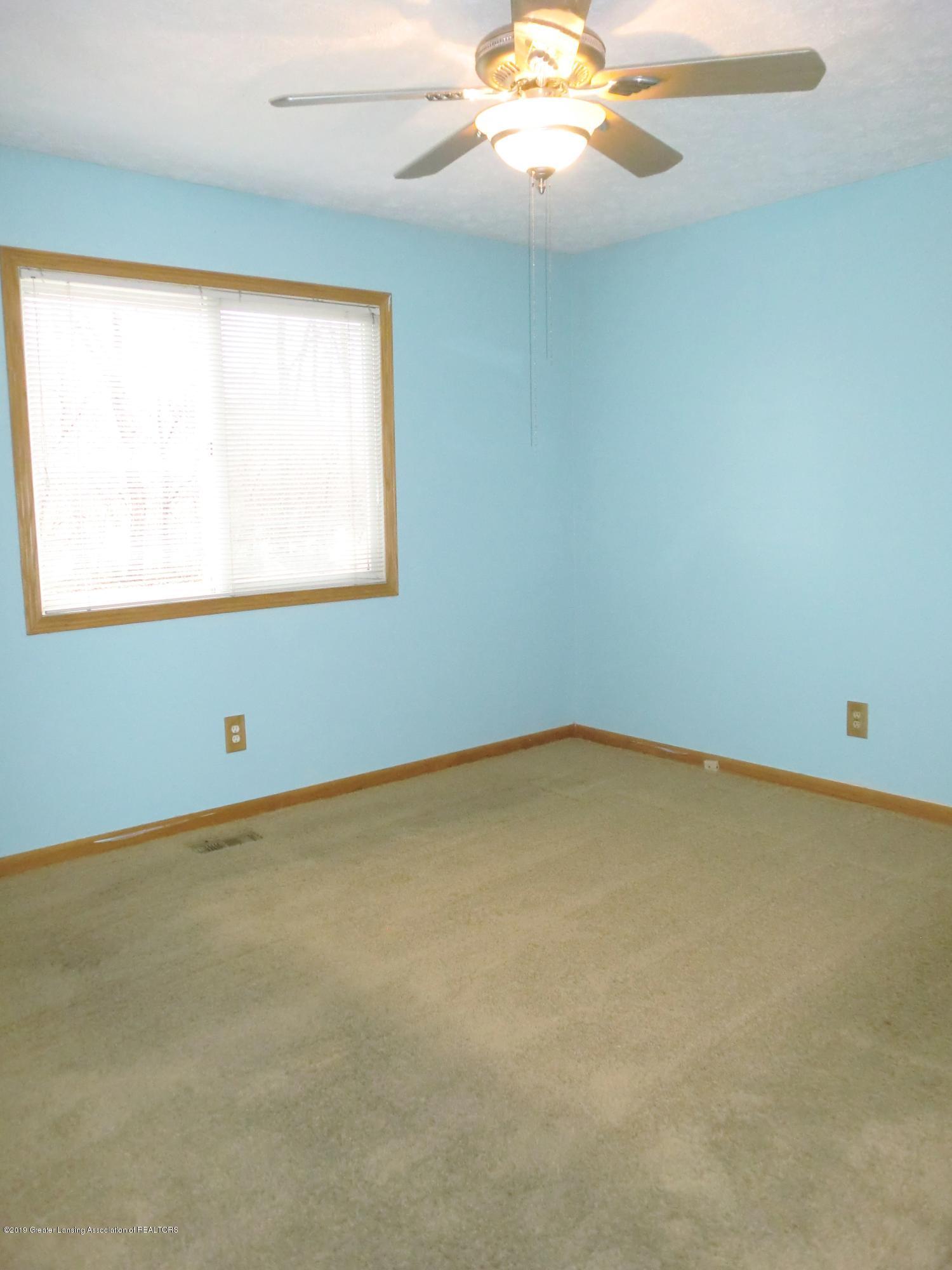 5437 Faith Cir - Master Bedroom - 8