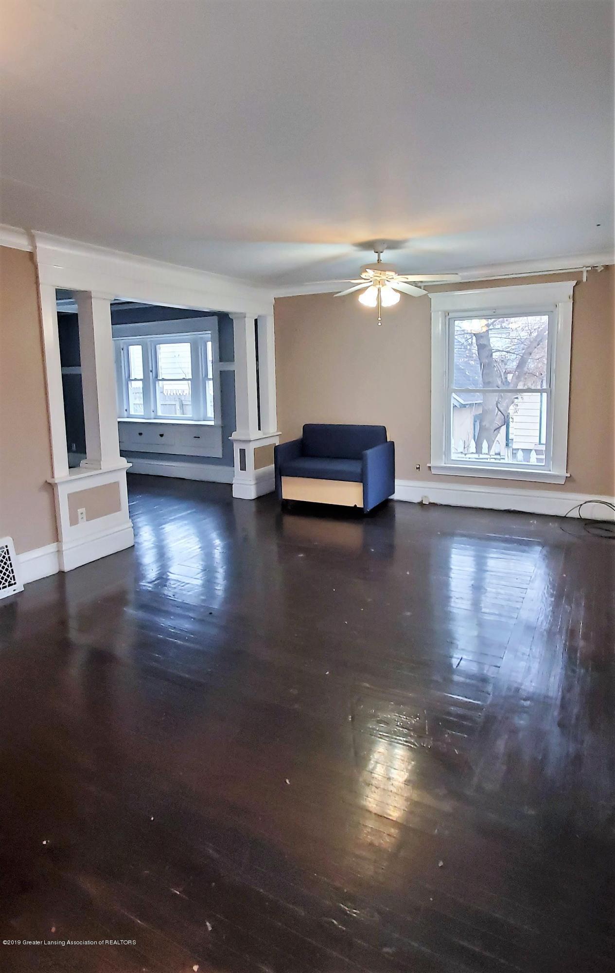 1325 Vine St - Living Room 2 - 4