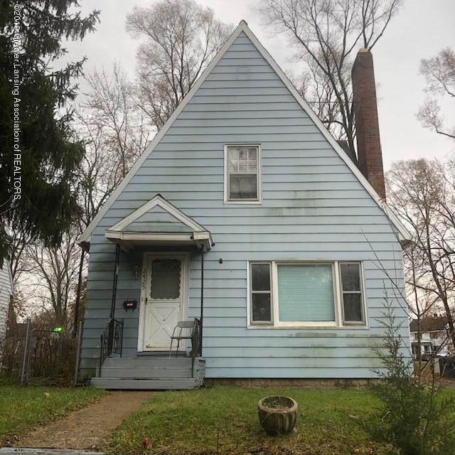 2425 Overhill Rd - Front - 1