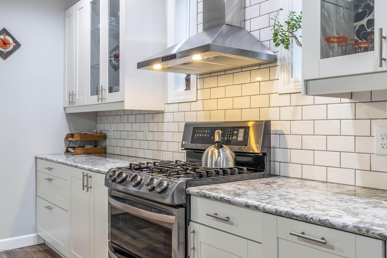 1647 S Royston Rd - Kitchen - 11