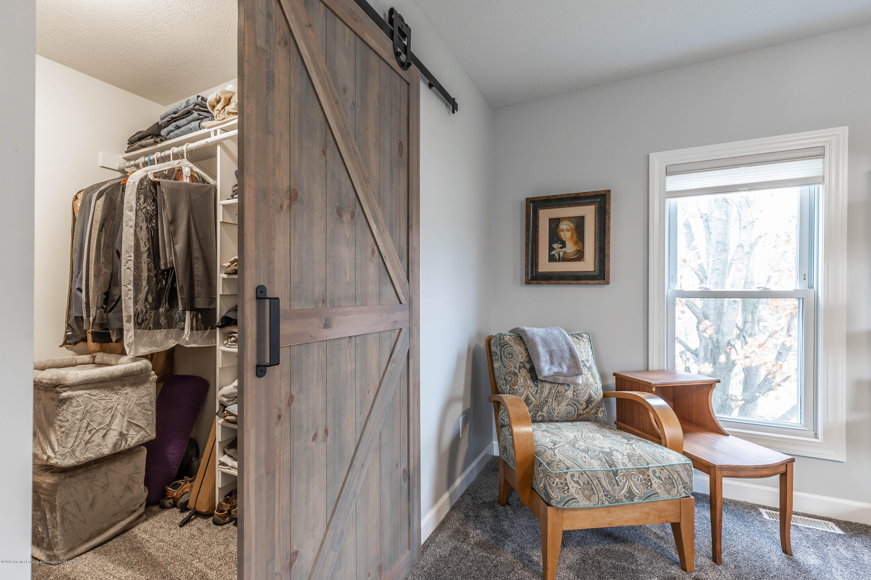 1647 S Royston Rd - Bedroom 2 Closet - 35