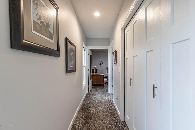 1647 S Royston Rd - Hallway / 2nd floor laundry - 32