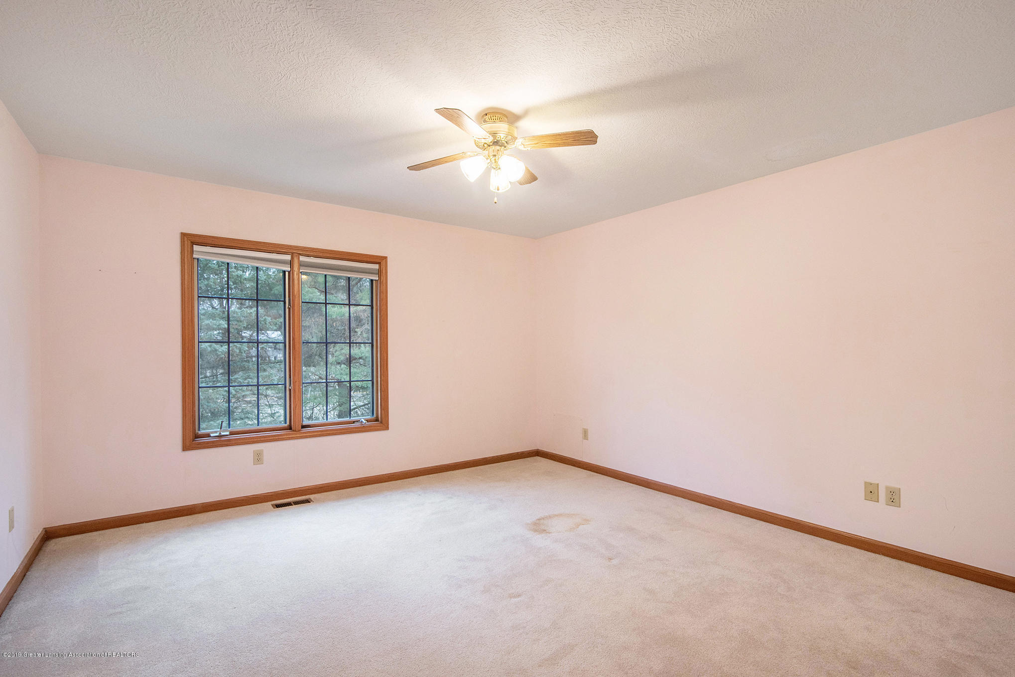 3752 Chippendale Dr - 6 - 16