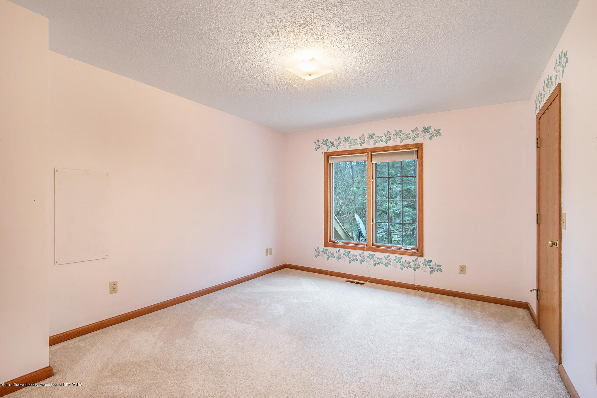 3752 Chippendale Dr - 9 - 19