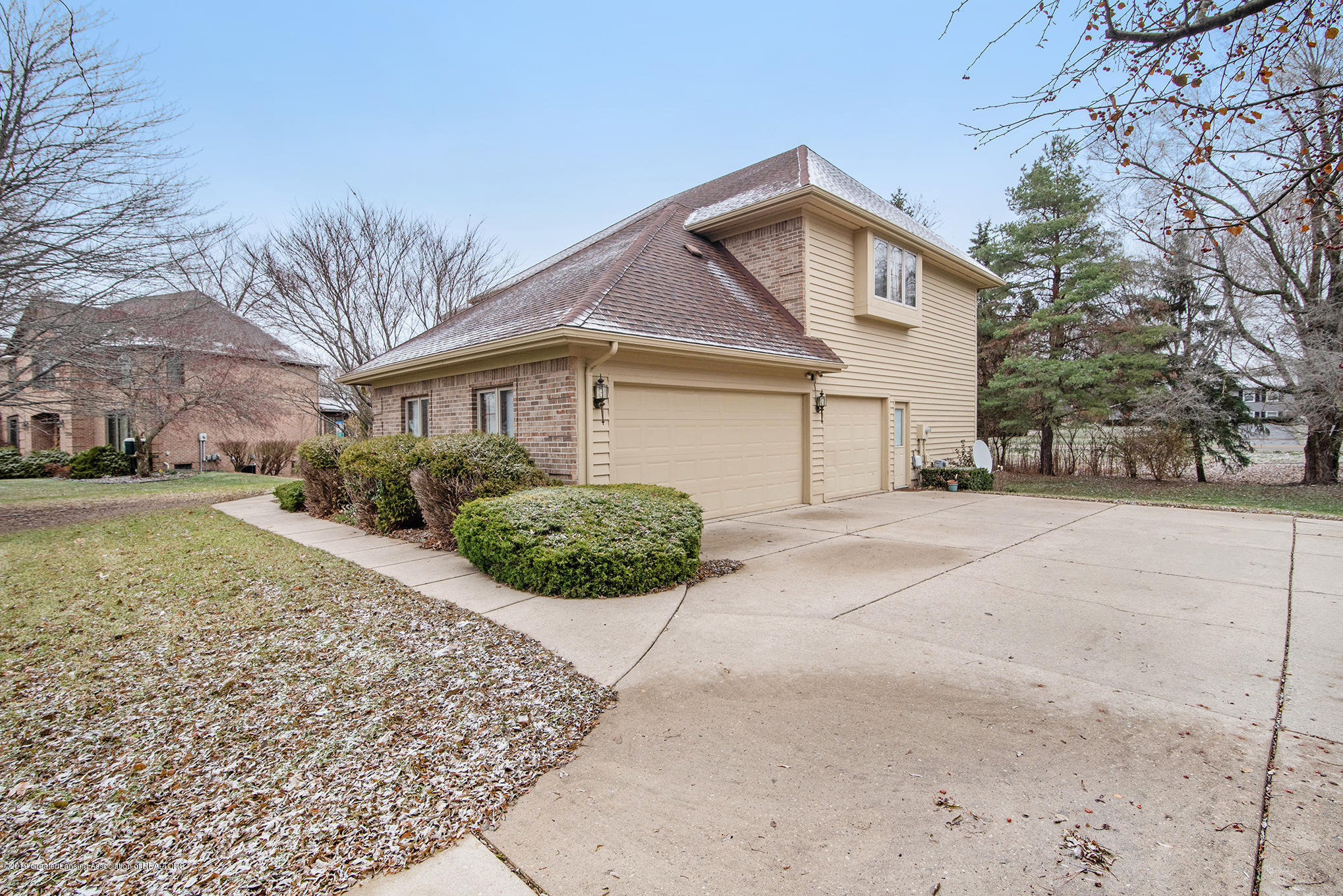 3752 Chippendale Dr - 29 - 27