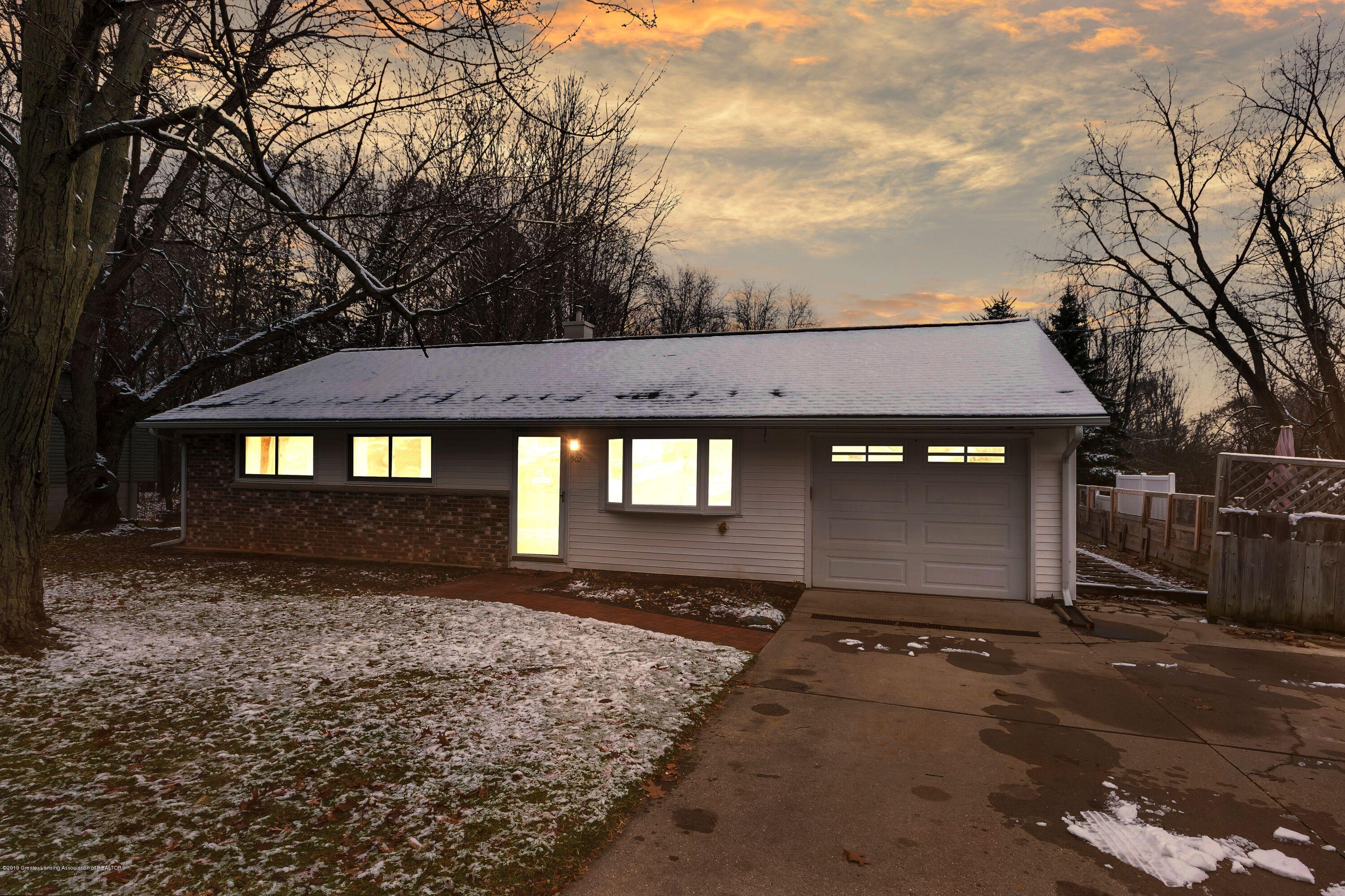 902 Elmwood - Twilight Pic - 1