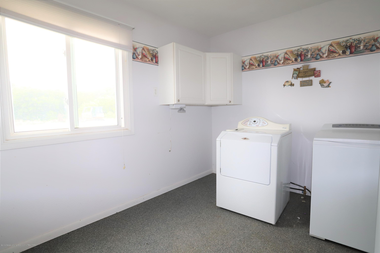 1825 S Osborne Rd - Laundry - 9
