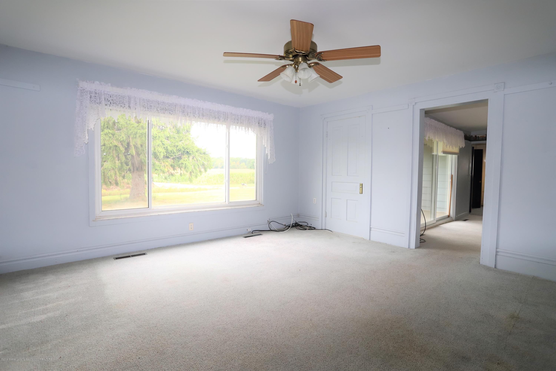 1825 S Osborne Rd - Living Room - 4
