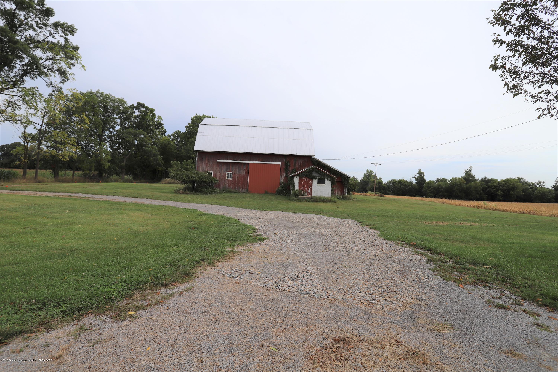 1825 S Osborne Rd - Barn - 11