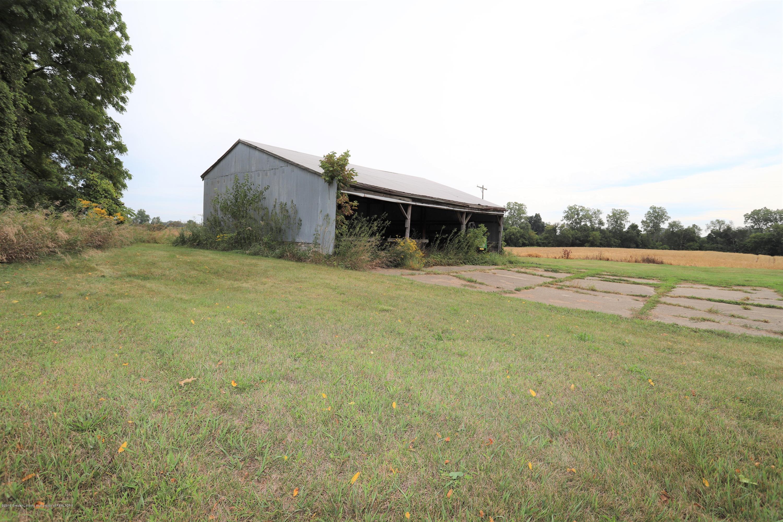 1825 S Osborne Rd - Barn - 12