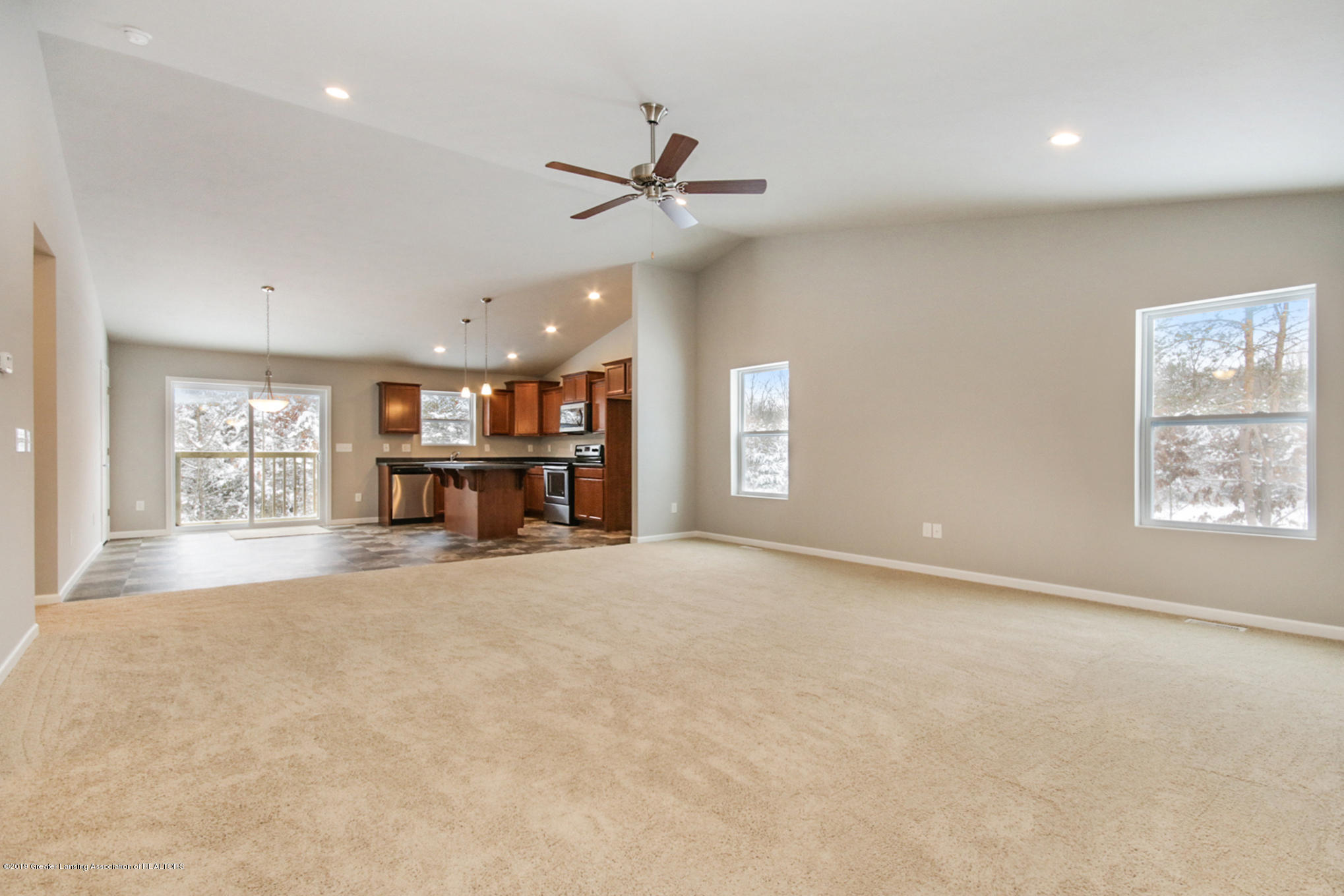 14171 Cordaleigh Dr - GSC035-E1600 Great Room1 - 4