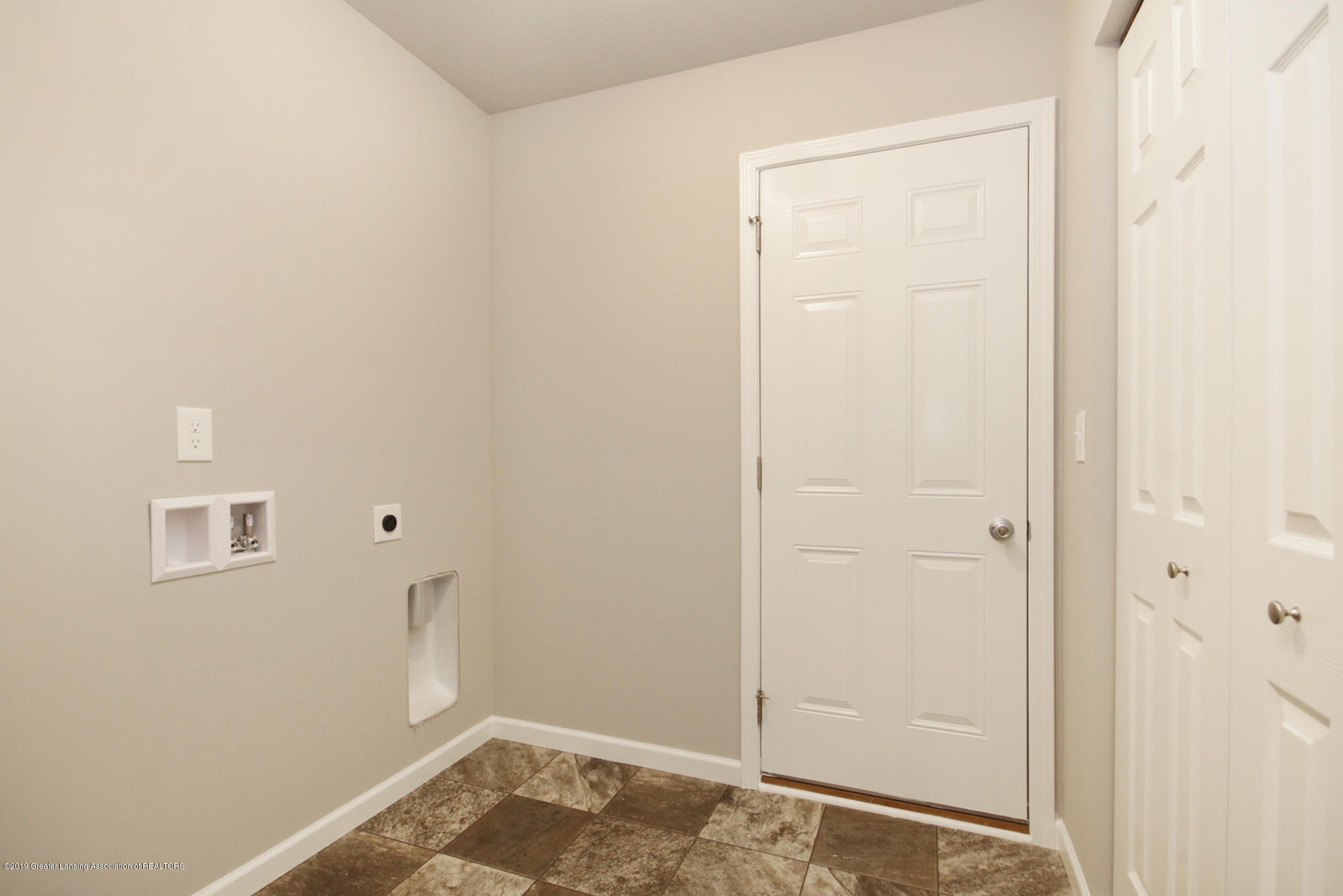 14171 Cordaleigh Dr - GSC035-E1600 Laundry Room - 8