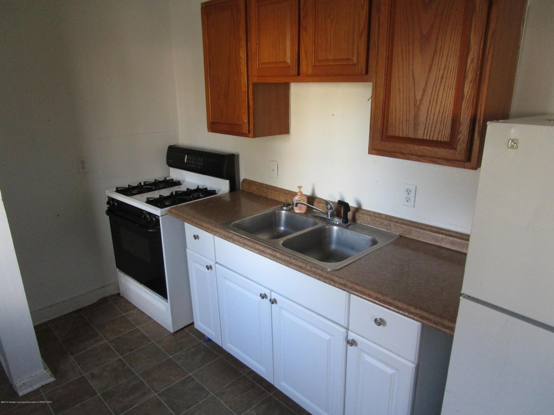 214 N High St - kitchen - 4