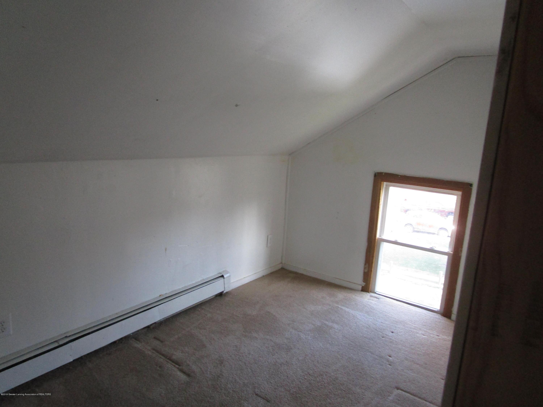 214 N High St - bedroom - 6