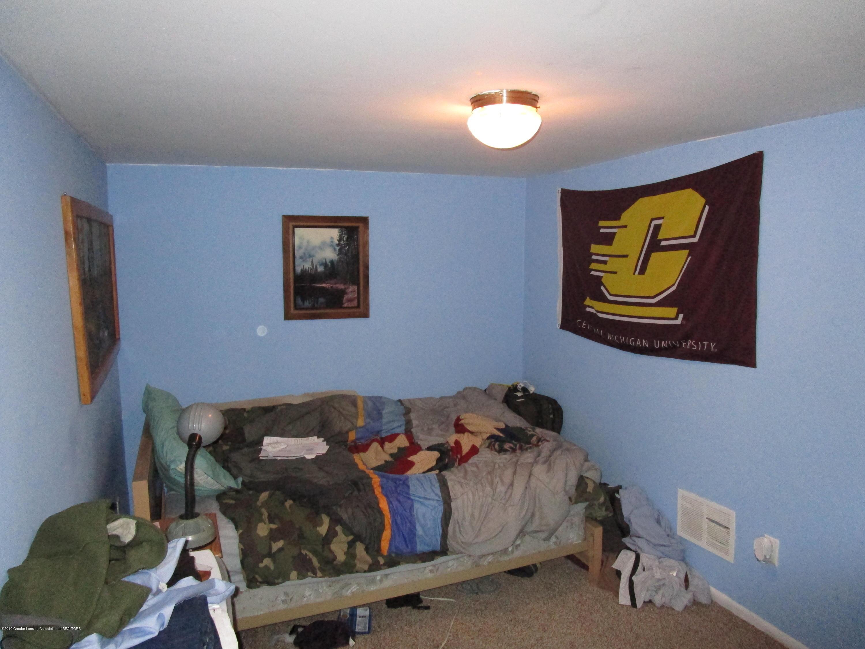 214 N High St - bedroom - 8
