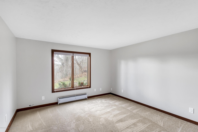 13606 E Kathleen Ln - 13606-East-Kathleen-Lane-WindowStill-Rea - 39