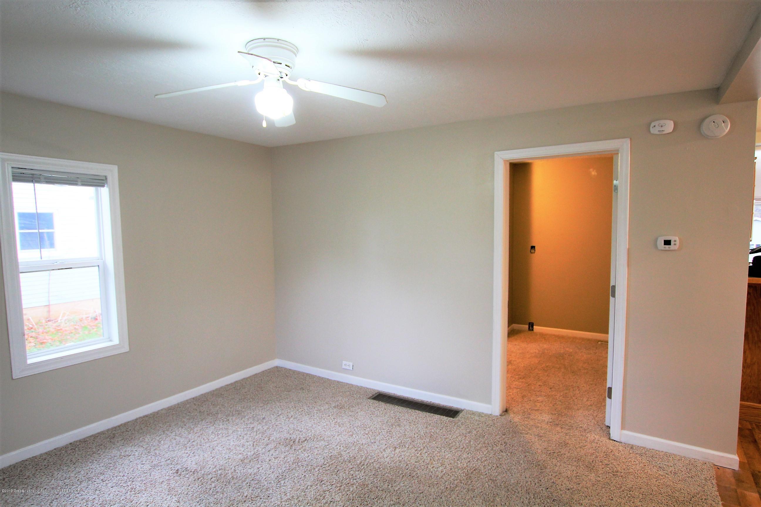 1423 Harrison St - Living Room - 8