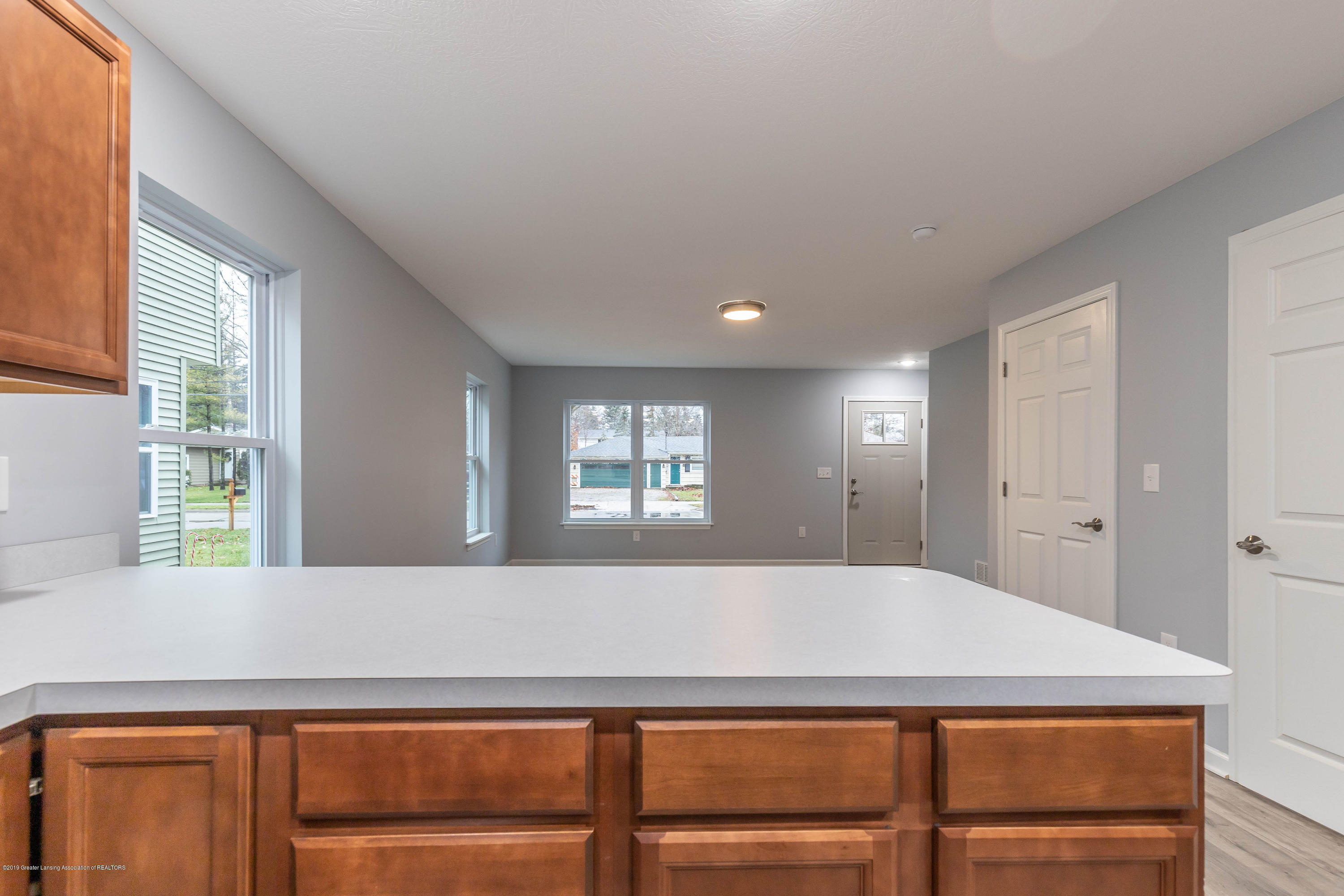 1204 Wolf Ct - wolfliving3 - 7