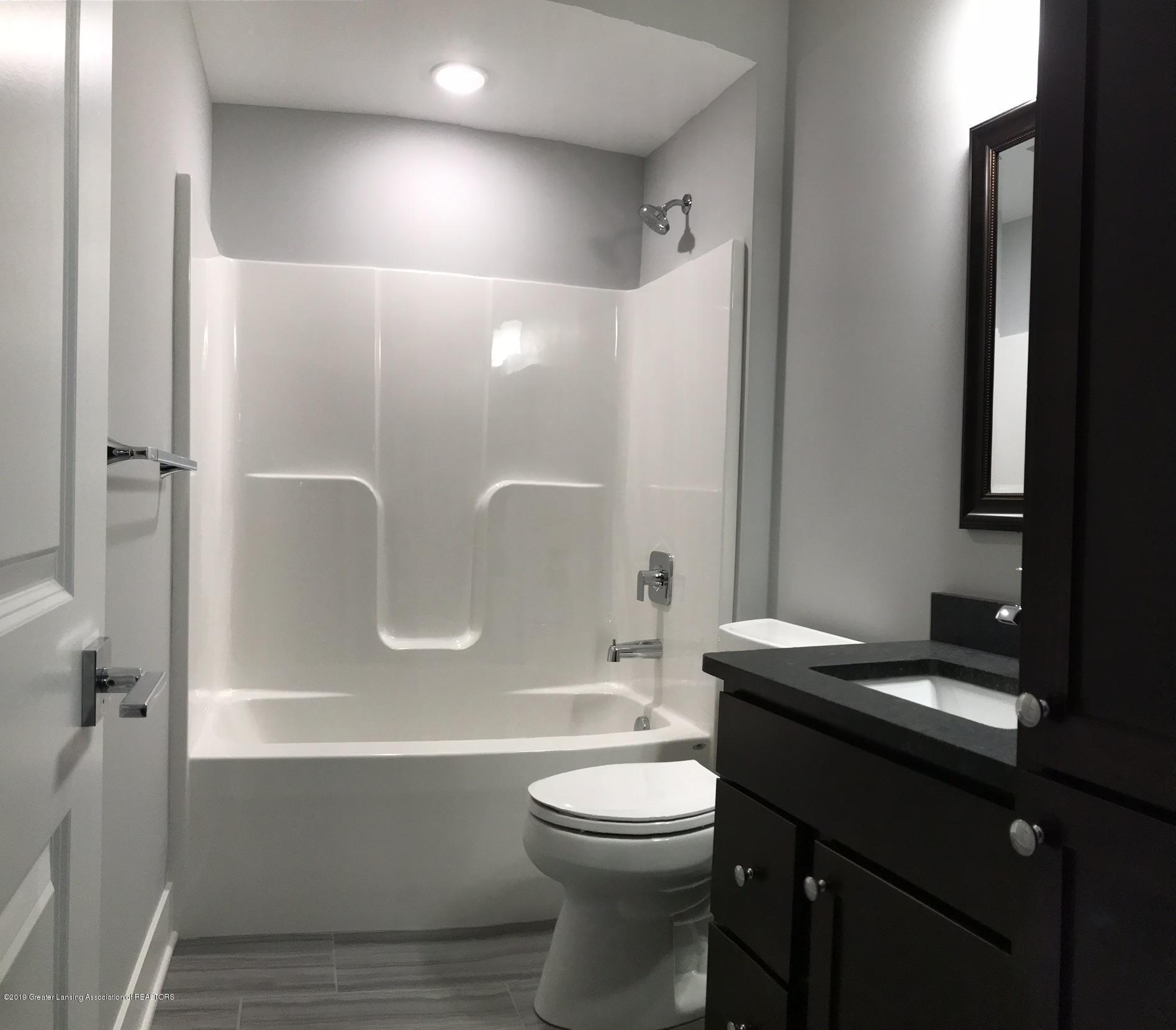 2156 Fresno Lane - Lower Level Bath, Granite Tops - 27